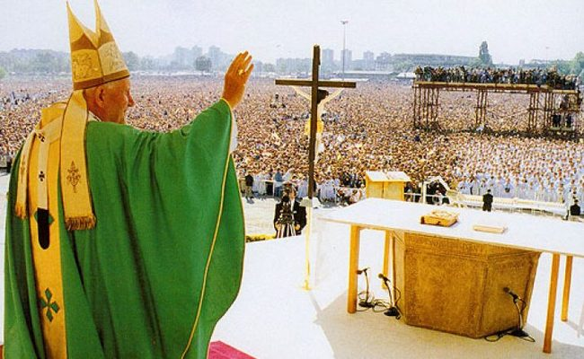 Prije 25 godina: Misa pape sv. Ivana Pavla II. na hipodromu – najposjećenija u hrvatskoj povijesti