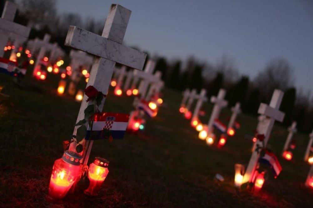 Poziv hrvatskih biskupa (HBK) da se oglase crkvena zvona u znak sjećanja na žrtvu Vukovara i sve žrtve Domovinskog rata